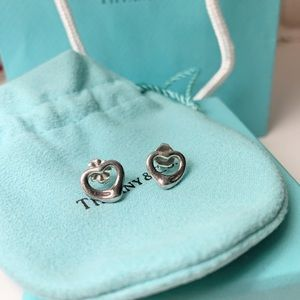 Tiffany 💙 Classic Open Heart Earring
